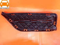 Решётка переднего бампера BMW X1, левая