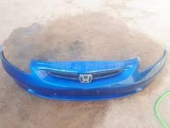 Оригинальный бампер c решеткой на Honda Fit GD
