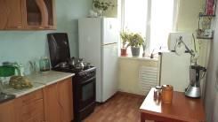 3-комнатная, улица Ладыгина 5. 64, 71 микрорайоны, проверенное агентство, 65кв.м. Интерьер