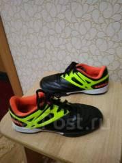 Спортивная обувь. 32
