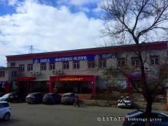 169 кв. м. 1 этаж Соседи супермаркет 2*2 без комиссии!. 169кв.м., улица Карбышева 12, р-н БАМ. Дом снаружи
