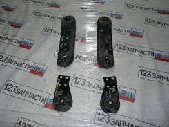 Крепление балки подвески. Nissan Teana, J32, J32K, J32L, J32R, J32T, PJ32 Двигатели: MR20DE, QR25DE, VQ25DE, VQ35DE