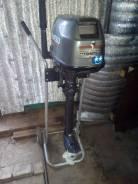 Tohatsu. 4-тактный, бензиновый, нога L (508 мм), 2004 год год
