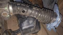Патрубок воздухозаборника. Nissan Teana, TNJ31 Двигатель QR25DE