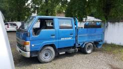 Toyota ToyoAce. Продам двухкабинный грузовик Toyota Toyoace с аппарелью 800кг, 3 000куб. см., 2 000кг.