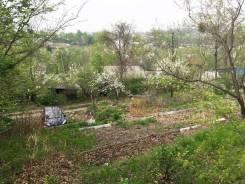 Продам участок с прекрасным видом на долину. Под ИЖС, район 28км. 736кв.м., собственность, электричество, вода, от частного лица (собственник)