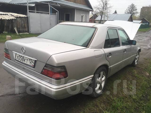 Mercedes-Benz E-Class. 124, 104 996