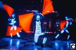 Электро-шоу в светодиодных костюмах