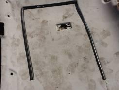 Уплотнитель стекла двери. Toyota Caldina, ST191, ST191G