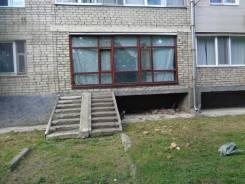 Продажа помещения на первом этаже центр. Улица Суханова 45, р-н центр, 57кв.м. Дом снаружи