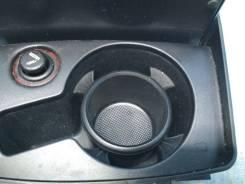 Подстаканник - пепельница Audi A6 C6. Audi A6 allroad quattro, 4FH Audi RS6, 4F2, 4F5 Audi S6, 4F2, 4F5 Audi A6, 4F2, 4F2/C6, 4F5, 4F5/C6 Двигатели: A...