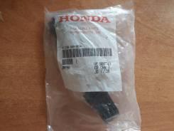 Кронштейн крепления бампера. Honda CR-V, RE3, RE4 Двигатели: K24Z1, K24Z4, N22A2, R20A1, R20A2