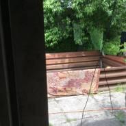 Сдается в аренду теплый склад. 12кв.м., улица Воропаева 43, р-н 64, 71 микрорайоны. Вид из окна
