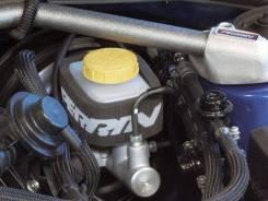 Бачок для тормозной жидкости. Subaru