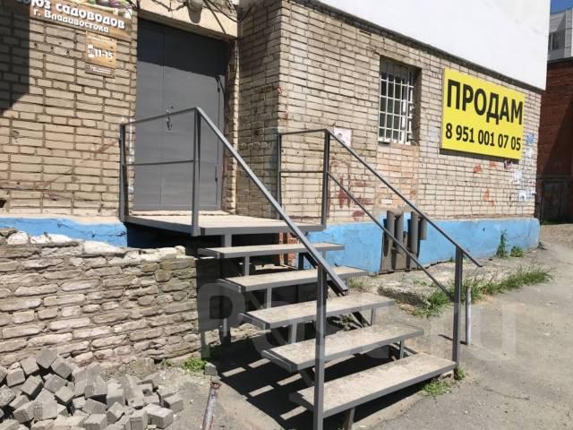 2-комнатная, улица Стрельникова 10. Эгершельд, частное лицо, 37кв.м. Дом снаружи