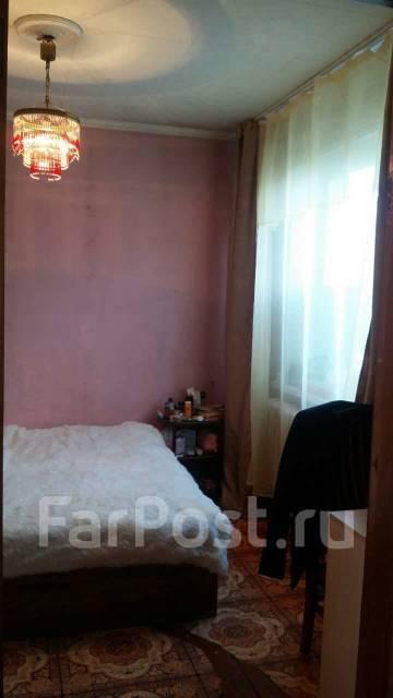 4-комнатная, улица Короленко 35. 5 км, агентство, 61кв.м.