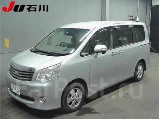 Toyota Noah. ZRR70