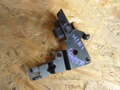 Концевик под педаль тормоза. Mini Cooper S