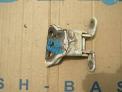 Крепление двери. Nissan Sunny, FB13 Двигатель GA15DS