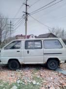 Toyota Lite Ace. механика, задний, бензин