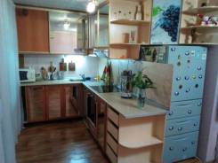 3-комнатная, улица Жуковского 7. Полиции, 62кв.м.