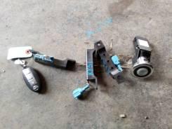 Кнопка запуска двигателя. Infiniti M37, Y51 Nissan Fuga, KY51, KNY51 Двигатель VQ37VHR