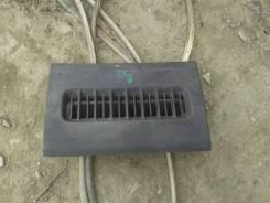 Решетка вентиляционная. Isuzu Forward