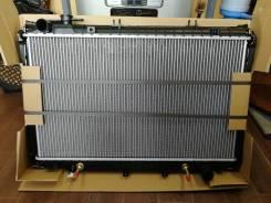 Радиатор охлаждения двигателя. Toyota Land Cruiser, FJ80, FJ80G, FZJ80, FZJ80G, FZJ80J, HDJ80, HZJ80, J80