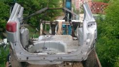 Задняя часть автомобиля. Mazda Demio, DY3W, DY5W