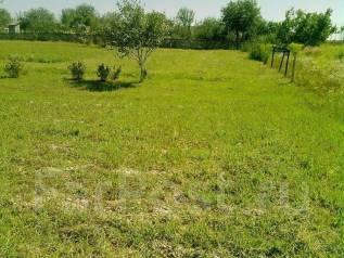 Продается земельный участок с частным домом в ст Северской. 920кв.м., собственность, электричество, вода, от частного лица (собственник)