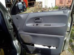Обшивка двери. Toyota Town Ace, CR42V