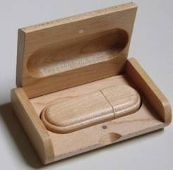Флешка в деревянном корпусе
