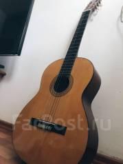 Гитары.