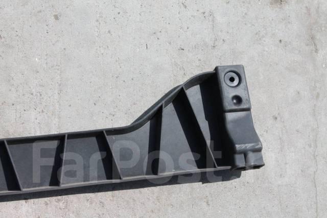 Крепление бампера. Audi A6 allroad quattro, 4FH Audi RS6, 4F2, 4F5 Audi S6, 4F2, 4F5 Audi A6, 4F2, 4F2/C6, 4F5, 4F5/C6 Двигатели: ASB, AUK, BNG, BPP...