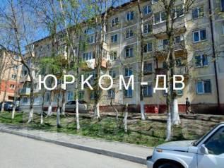 2-комнатная, улица Кипарисовая 24. Чуркин, проверенное агентство, 46кв.м. Дом снаружи