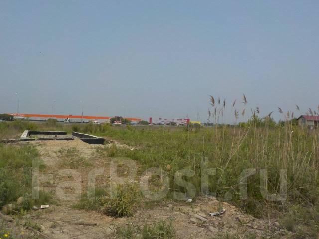 Участок 90 соток на аэропортовской трассе под бизнес. 9 000кв.м., аренда, электричество, вода, от агентства недвижимости (посредник). Фото участка