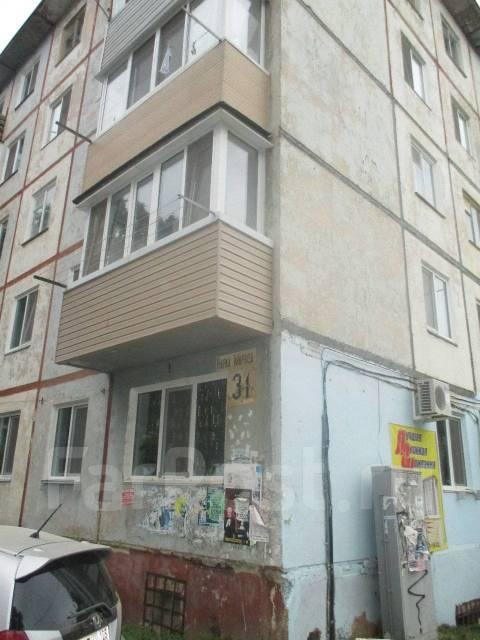 2-комнатная, улица Карла Маркса 31. сбербанк, агентство, 45кв.м. Дом снаружи