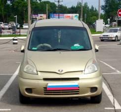 Накладка на фару. Toyota Funcargo, NCP20