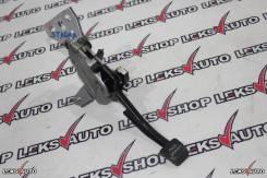 Педаль ручника. Nissan Skyline, CPV35, HV35, NV35, PV35, V35 Nissan 100NX Nissan Stagea, HM35, M35, NM35, PM35, PNM35 Двигатели: VQ25DD, VQ30DD, VQ35D...