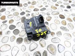 Мотор печки. Suzuki Escudo, TA74W, TD54W, TD94W Suzuki Grand Vitara, TA04V, TA0D1, TA44V, TA74V, TA7D1, TAA4V, TD041, TD042, TD044, TD047, TD04V, TD0D...