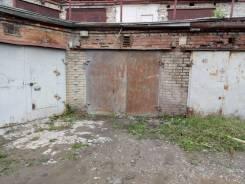 Гаражи капитальные. улица Постышева 41, р-н БАМ, 24кв.м., электричество, подвал.