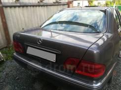 Mercedes-Benz. W210, 112
