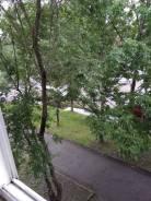 1-комнатная, улица Горького 68. Центр, агентство, 33кв.м. Вид из окна днём
