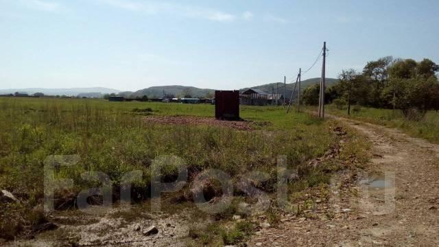 Продам земельный участок. 1 500кв.м., собственность, электричество, вода, от частного лица (собственник). Фото участка