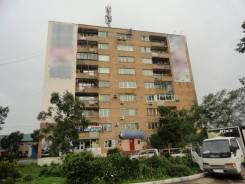 Сдаются в аренду помещения от 20 кв. м до 300 кв. м. и более. 20кв.м., проспект 100-летия Владивостока 57б, р-н Столетие. Дом снаружи