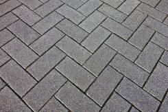 Укладка брусчатки, камня, блока. тротуарной плитки. опорные стены и т. д