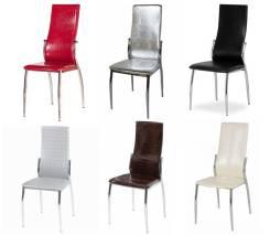 Распродажа стульев, разные цвета, цены от 1080 руб. Акция длится до 31 августа
