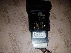 Кнопка включения аварийной сигнализации. Mazda Mazda3, BK