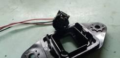 Крепление камеры бокового обзора. Toyota Mark X, GRX130, GRX133, GRX135 2GRFSE, 4GRFSE