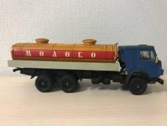 Модель 1:43 Камаз 53212 Молоко СССР винтаж игрушка.